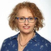 Die Friesner Stadträtin Marina Schmitt für Taten statt Worte